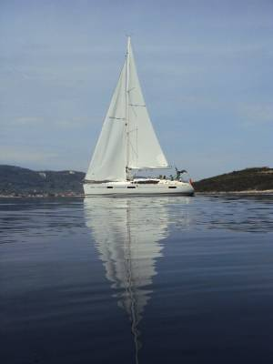 Sailing yachts Sun Odyssey 42 DS Sweet Alis