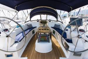 Sailing yachts Sun Odyssey 49 - 3 cab. Divis