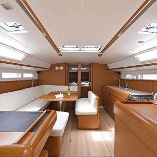 Sailing yachts Sun Odyssey 509 - 5 cab. Rock Point