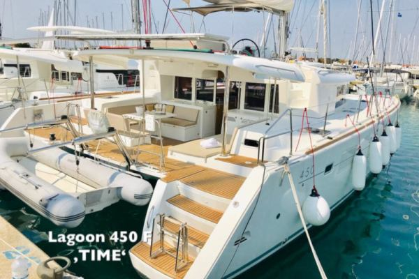 Catamarans Lagoon 450 F - 4 + 2 cab. TIME Generator AC Dinghy 360 with Honda 30HP + w