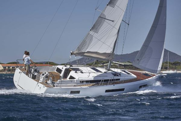 Sailing yachts Sun Odyssey 440 PRES- 440-20-G