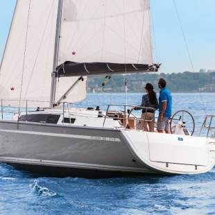 Sailing yachts Bavaria Cruiser 34 - 2 cab. Spirit of Freedom