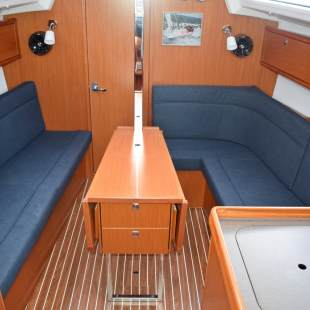 Sailing yachts Bavaria Cruiser 34
