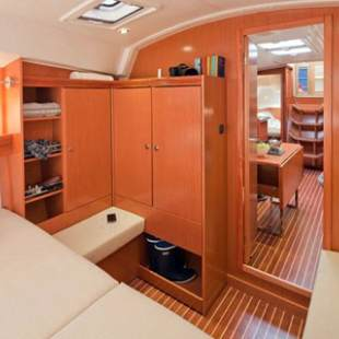 Sailing yachts Bavaria Cruiser 36 OFFICE