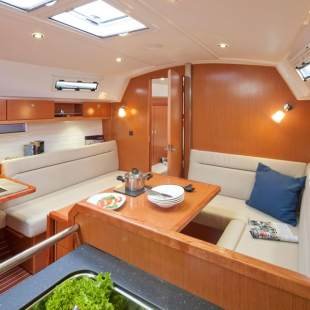 Sailing yachts Bavaria Cruiser 36 Sea Wolf