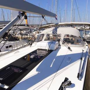 Sailing yachts Bavaria Cruiser 56 - 5 + 1 cab. Liberty