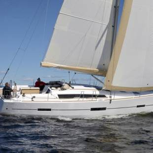 Sailing yachts Dufour 412 GL 3 FRIENDS