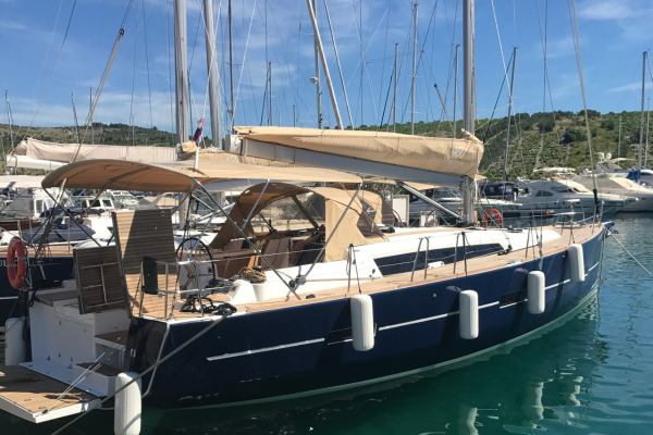 Sailing yachts Dufour 460 GL SULACO - FULLY EQUIPPED