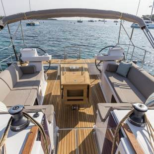 Sailing yachts Dufour 520 GL EURUS - FULLY EQUIPPED