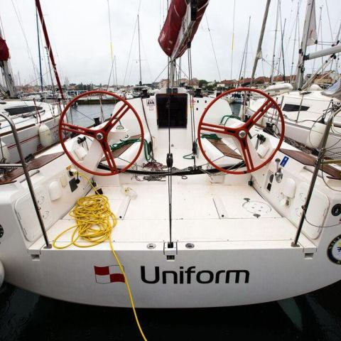 Sailing yachts Elan 350 Performance - 3 cab. Uniform