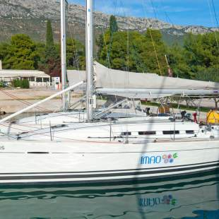 Sailing yachts First 35 Thetis