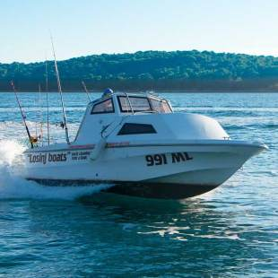 Motor boats Fisher 580 Fisher 580