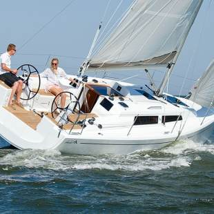 Sailing yachts Hanse 315 Miss Behavin'