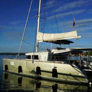 Catamarans Lagoon 450 - 4 + 2 cab. Black Duck *CREWED