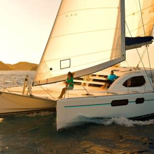 Catamarans Leopard 384 - 4 + 2 cab. Sun Kissed