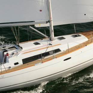 Sailing yachts Oceanis 37 Triggerson