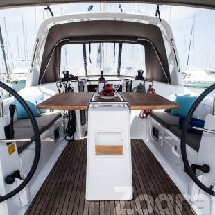 Sailing yachts Oceanis 38 - 3 cab. Zografia