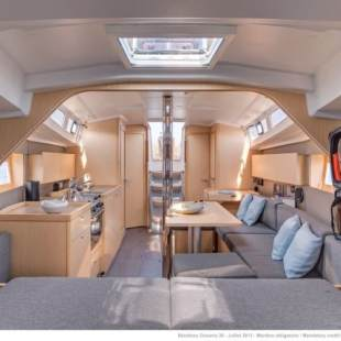 Sailing yachts Oceanis 38.1 Luce
