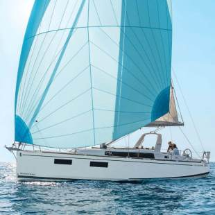 Sailing yachts Oceanis 38.1 Mici