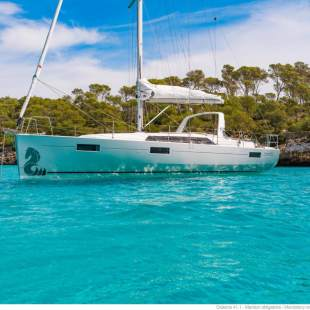 Sailing yachts Oceanis 41.1 White Beauty