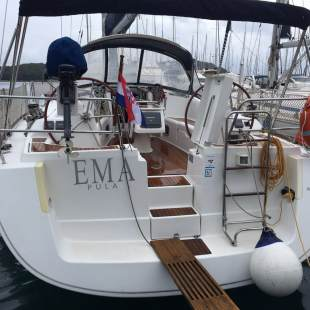 Sailing yachts Oceanis 43 - 3 cab. Ema