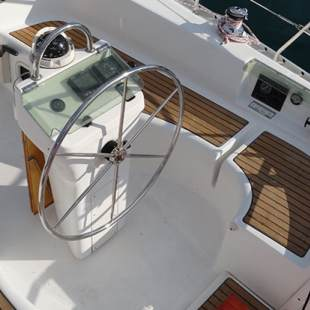 Sailing yachts Oceanis Clipper 331 Jagoda (renewed 2011)