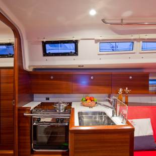 Sailing yachts Salona 35 Charly