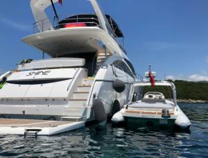 Motor boats Sunseeker Manhattan 70 Shine